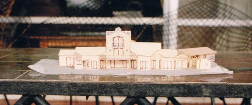 Maqueta de la casa por Jerónimo Pernías. Esta es la fachada de la casa que da hacia la laguna.